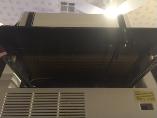 The heating element attached to the underside of the glass print bed